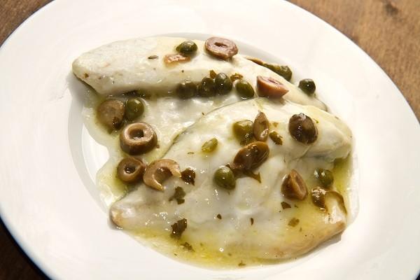 branzino con olive e capperi